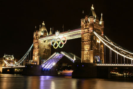 London bridge at the Olympics, Ann Wu APA titled sports physiotherapist is back